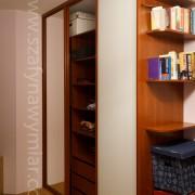 drzwi przesuwne, szuflady i półki