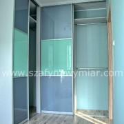 drzwi przesuwne, łączone z kolorowego szkła
