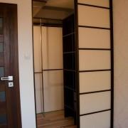 przesuwne drzwi do garderoby