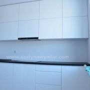 kuchnia, szafki otwierana na zawiasach