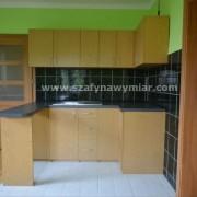 kuchnia z płyty, drzwiczki otwierane na zawiasach
