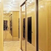 szafy wnękowe, drzwi przesuwne z lustra piaskowanego
