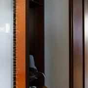 szafa obrotowa z lustrem, z płyty