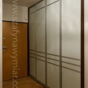szafa wnękowa, drzwi przesuwne z lacobelu ze szprosami
