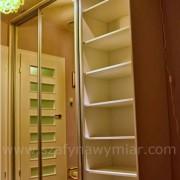 drzwi przesuwne z lustra, szafa podświetlana