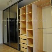 szafa, drzwi przesuwne z lustra, drążki, półki, szuflady