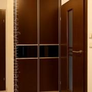 szafa wnękowa, drzwi przesuwne, płyta łączona ze szkłem