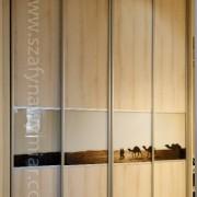 szafa wnękowa, drzwi przesuwne, płyta i fototapeta