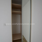 szafa wnękowa, drzwi z lustra