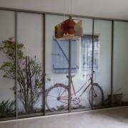 szafa wnękowa, drzwi ze zdjęciem, z fototapetą