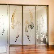 drzwi między pokojami z mlecznego szkła