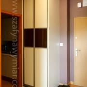 szafa z drzwiami przesuwnymi, łączonymi