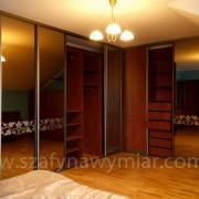 zabudowa w sypialni, półki, drążki, szuflady