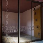 drzwi przesuwne, wzór piaskowany na lustrze