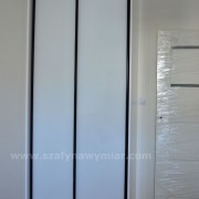 dwudrzwiowa szafa, szklane drzwi przesuwne